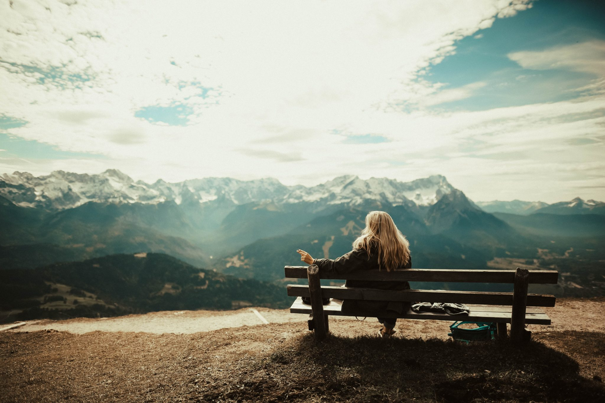 bench-blonde-bright-clouds-592941